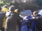 Пока ждали Шуфрича, в мусорник бросили Константина Иванова