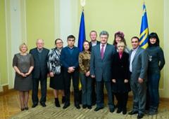 Президент подписал закон о статусе внутренних переселенцев - фото