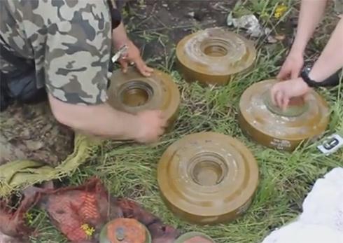 Найдены боеприпасы, с помощью которых в Мариуполе планировались теракты - фото