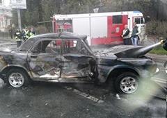 Российские журналисты в Донецке попали в аварию - фото