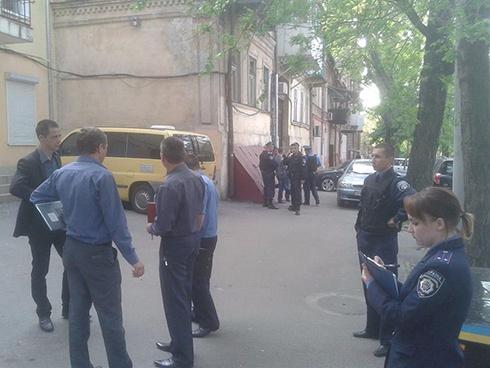 В Одессе пытались подорвать приемную Ильенко - фото