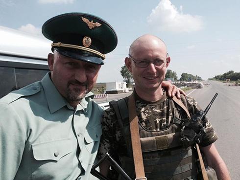 В зоне АТО нашли двойника Яценюка - фото