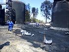 Ликвидация пожара на нефтебазе в Глевахе продолжается