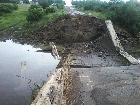 На Луганщине боевики прямо в поселке взорвали мост