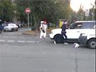 На Русановке произошла драка между пешеходом и «быковатым» водителем
