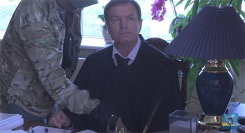 Как председатель Апелляционного суда бессмысленно оправдывался после обыска - фото