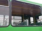 В Харькове обстреляли маршрутные автобусы