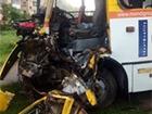 В Ивано-Франковске автобус столкнулся с грузовиком, травмированы шесть человек
