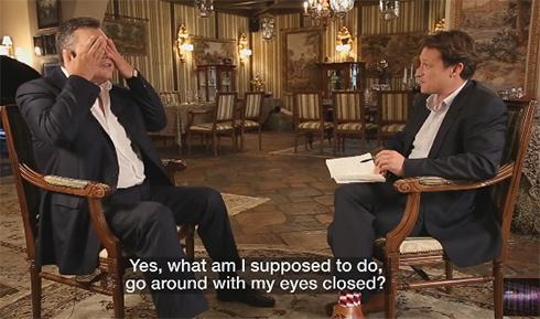 Янукович рассказал, как жил среди страусов - фото