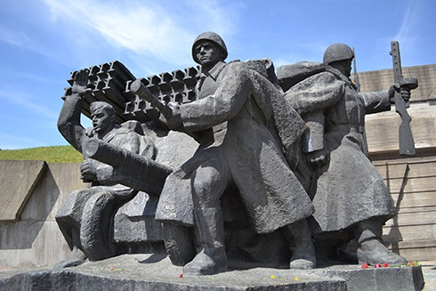 Нацмузей истории ВОВ переименован - фото