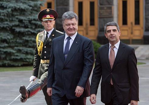 Президент Болгарии выразил поддержку народу Украины - фото