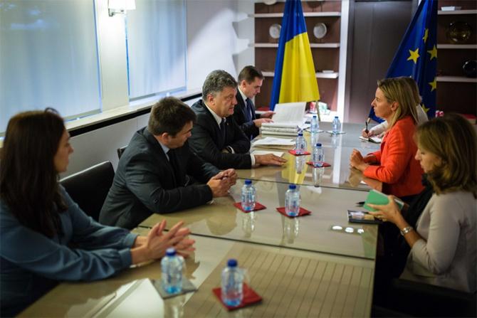 Порошенко в Брюсселе встретился с Верховным представителем ЕС по иностранным делам - фото