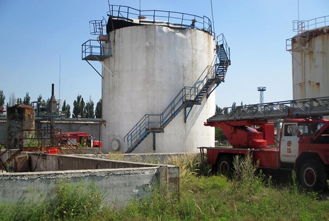 В Кременчуге произошел взрыв на нефтебазе - фото