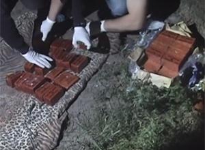 Задержан военнослужащий, пытавшийся сбыть 20 кг тротила - фото