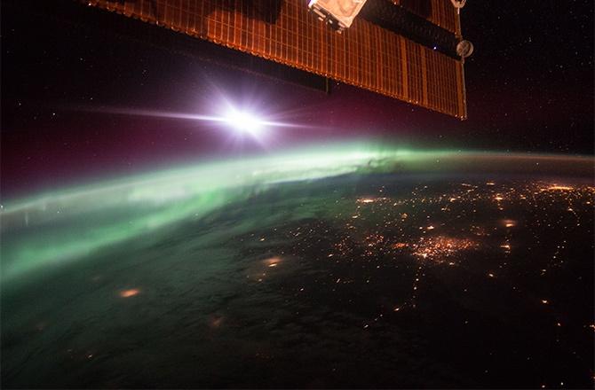 Как выглядит полярное сияние с МКС – фото - фото
