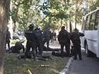 У метро «Житомирская» милиция со стрельбой задержала 20 «рэкетиров»