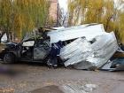 В Каменец-Подольском внедорожник протаранил остановку, есть жертвы