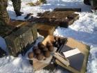 В Луганской области обнаружили тайник с большим количеством оружия и боеприпасов