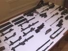 Беркутовцы спрятали оружие, из которого убивали, в водоеме