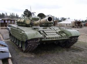 Боевики били из танка били по позициям сил АТО возле Авдеевки - фото