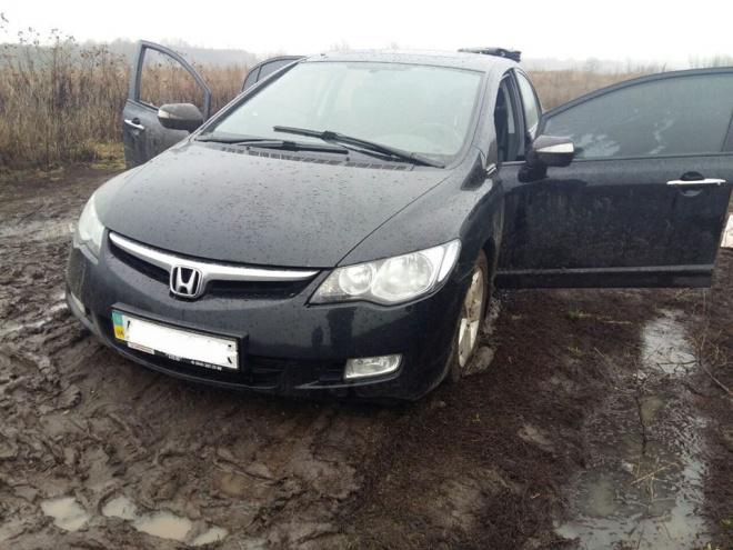 Киевские патрульные снова стреляли по автомобилю - фото