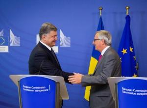 Порошенко и Юнкер согласовали дальнейшие шаги для введения Евросоюзом безвизового режима для украинцев - фото