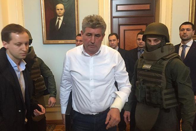 С согласия ВР задержан судья, стрелявший в работников НАБУ - фото