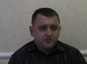 """СБУ: руководство полиции Ровенщины """"крышует"""" добычу янтаря - фото"""