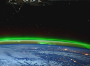 НАСА показала 4K видео полярного сияния - фото