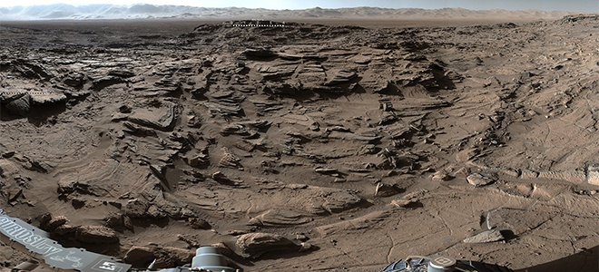 Поразительное панорамное фото плато на Марсе показало НАСА - фото