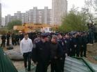 В Киеве продолжаются столкновения у Утиного озера