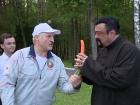 Лукашенко угостил Сигала морковкой