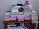 При обыске у экс-ректора НАУ изъято 5 млн грн, слитки золота