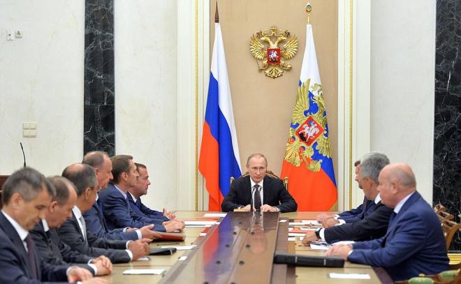 Путин пригрозил Украине после заявления ФСБ о«терактах» вКрыму