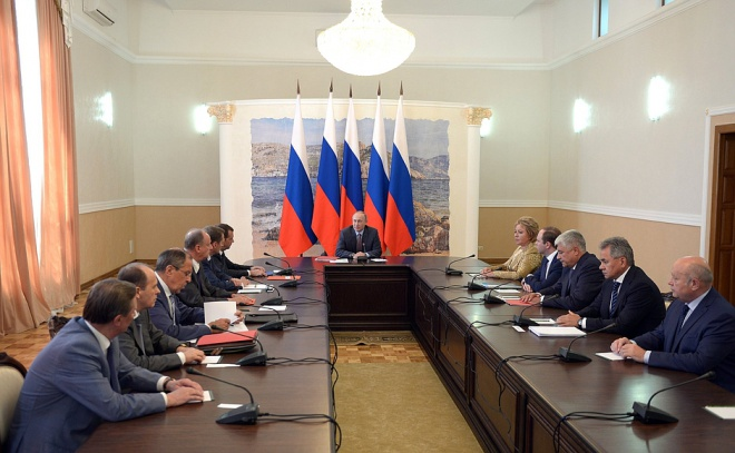Путин объявил причину «диверсий» в Крыму - фото