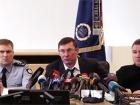 Луценко хочет сам решать, отдавать ли коррупционные дела в НАБУ