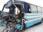 На Житомирщине грузовик столкнулся с рейсовым автобусом, есть погибший