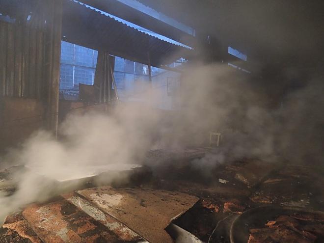 Сегодня ночью вКиеве зажегся завод имени Лепсе