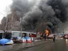 У метро «Лесная» масштабно горел рынок
