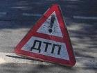 На Харьковщине автомобиль врезался в дерево: 6 погибших, в том числе двое детей