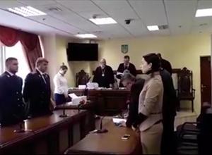 Еще одному задержанному на взяточничестве судье отменили арест - фото