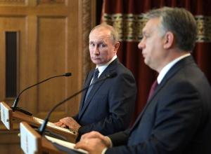Путин об обстрелах Авдеевки: Украина пытается выбить деньги, выставляя себя жертвой - фото