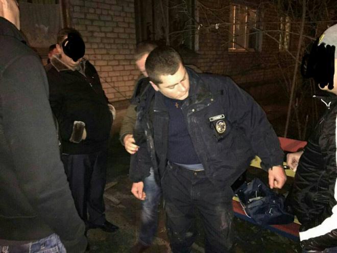 В Николаеве патрульного задержали на взятке - фото