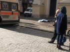 Во Львове с церкви упала глыба льда и погибла женщина