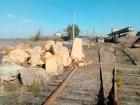 Копатели янтаря продолжают наглеть, рассказали в Укрзализныце