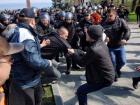 В Одессе на Аллее Славы произошли столкновения (видео)