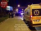 В результате стрельбы на остановке трое попали в больницу