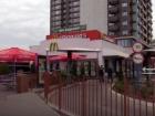 Мужчина убил другого ударом в голову за курение в Макдональдсе на Минской