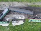 Пассажирский поезд столкнулся с грузовым в Хмельницкой области (фото, видео)