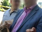 Руководителя управления ГПУ задержали на взятке
